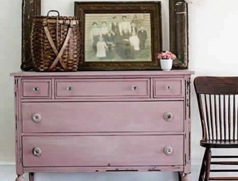Arabesque dresser
